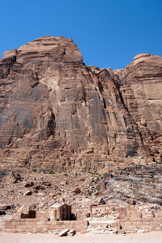 ruínas templo nabateu em wadi rum