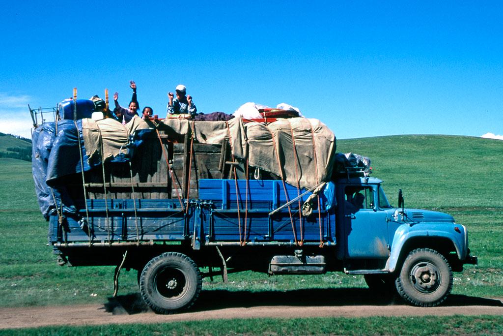 camião na estepe mongol