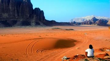 imensidao do deserto de wadi rum