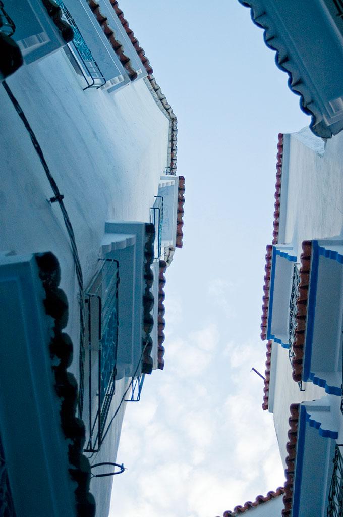 Perspectiva sobre a arquitectura de Chefchaouan