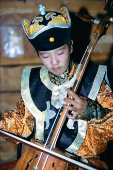 músico de morin khuur