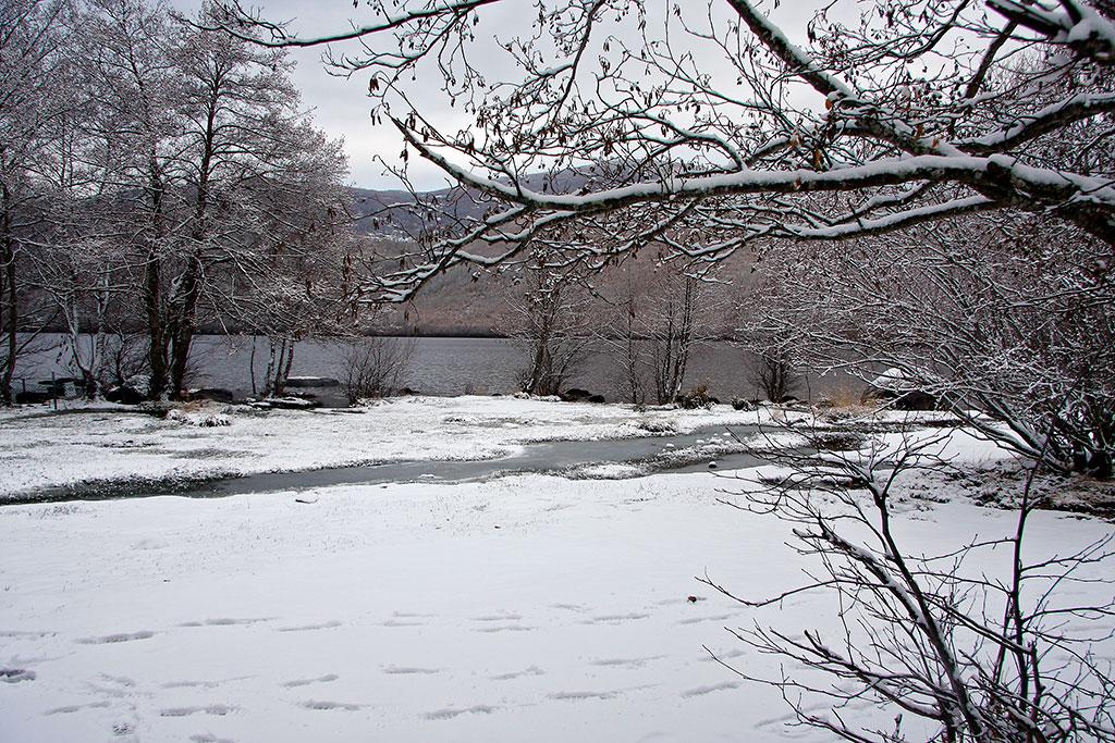 neve no lago de sanabria