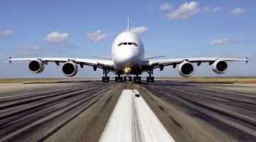 Emirates Airbus A380 na pista