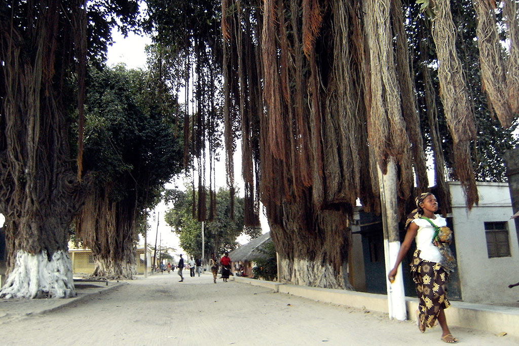 Avenida principal de Macuti