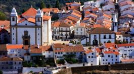 zona envolvente da Igreja Matriz de Castelo de Vide