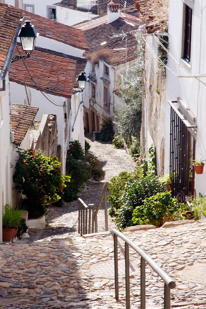 rua caracteristica da judiaria