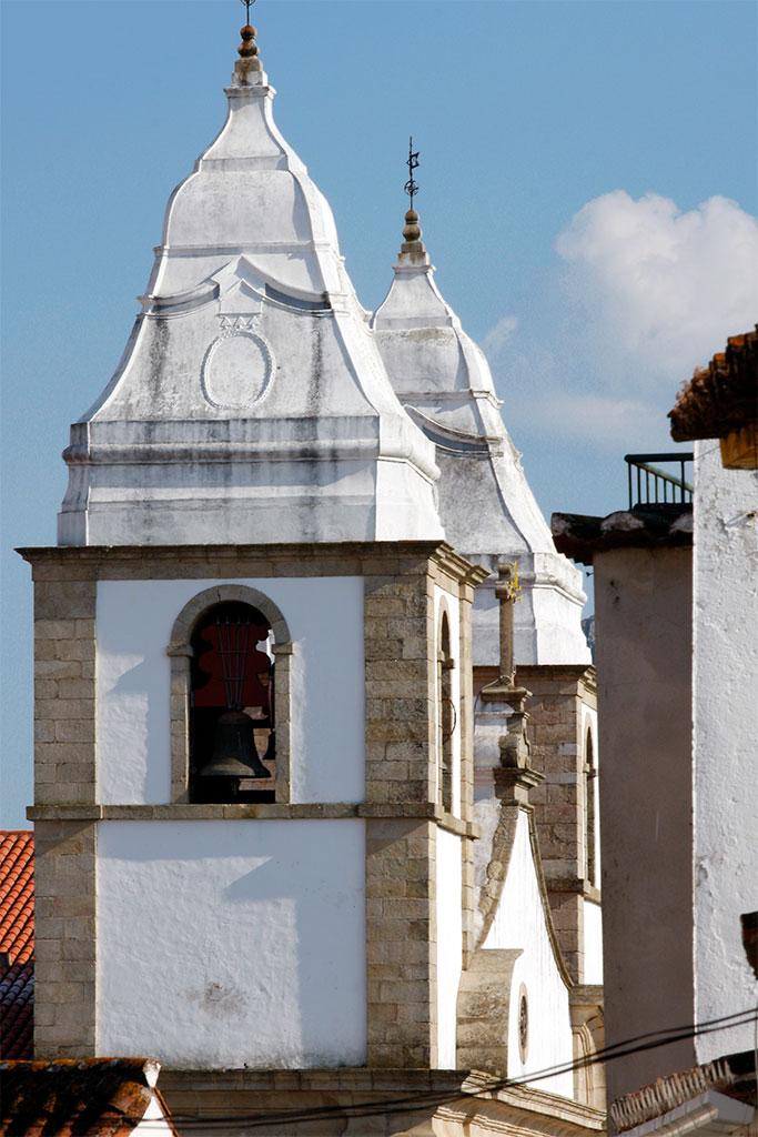 Torres da igreja matriz de Castelo de Vide