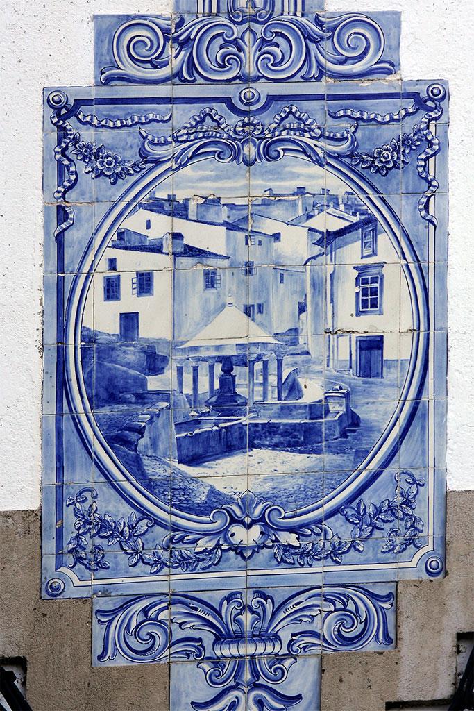 Fonte da Vila em painel de azulejos