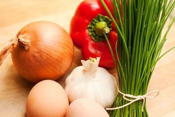 ingredientes para ovos khagina