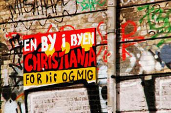 graffiti em rua de christiania