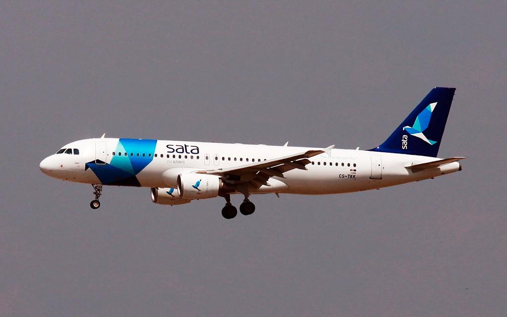 sata airbus A320