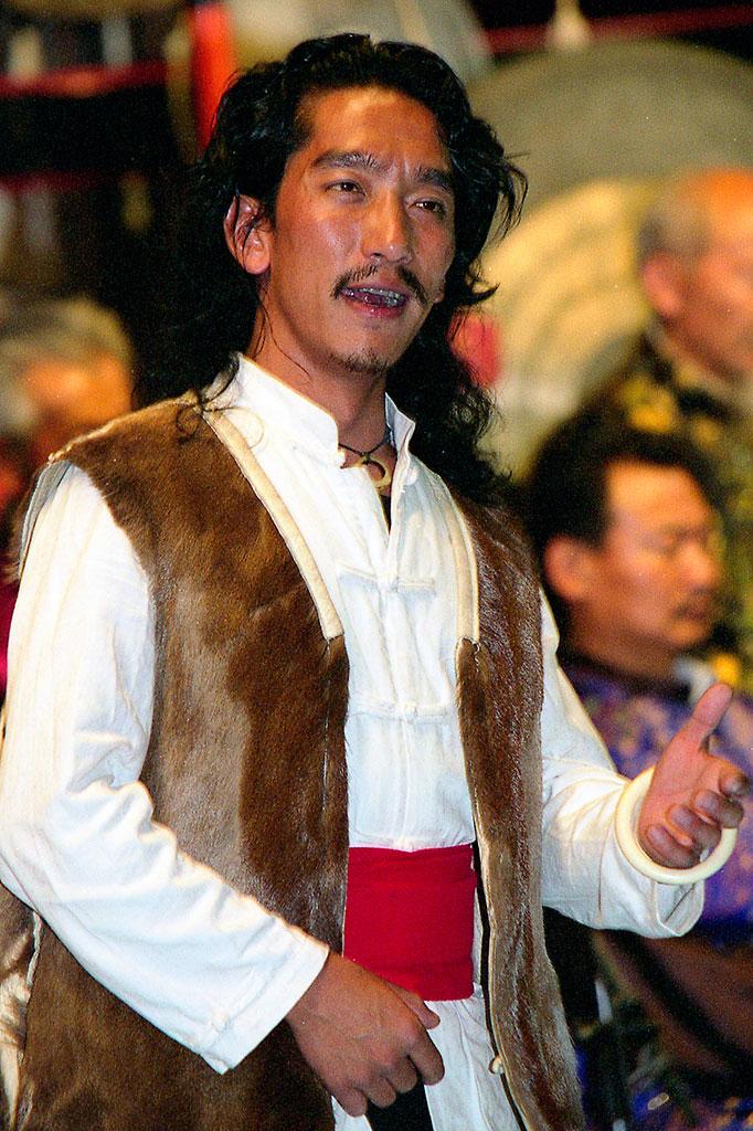 cantor de música Naxi