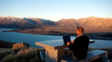 Filipe Morato Gomes no escritório
