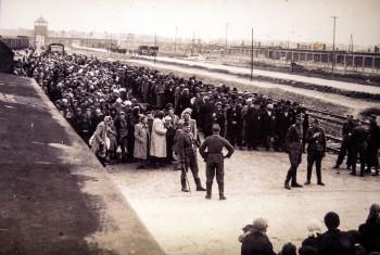Chegada de Judeus a Auschwitz