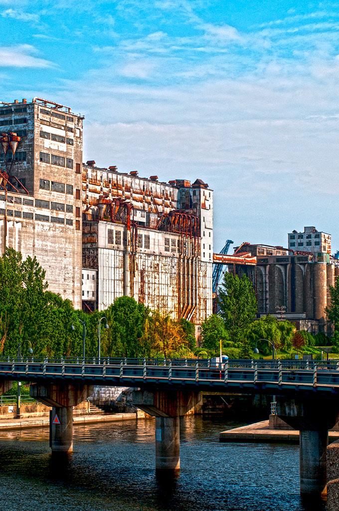 O velho porto de Montreal