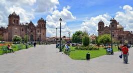 Praça de Armas em Curzo