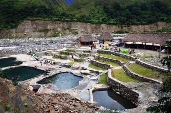 piscinas termais em Machu Picchu