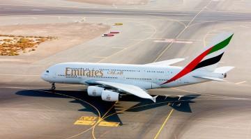 Emirates Airbus A380 no aeroporto