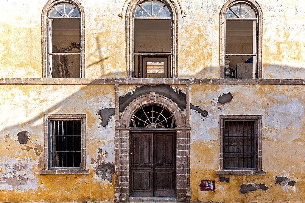 edíficio em estilo colonial