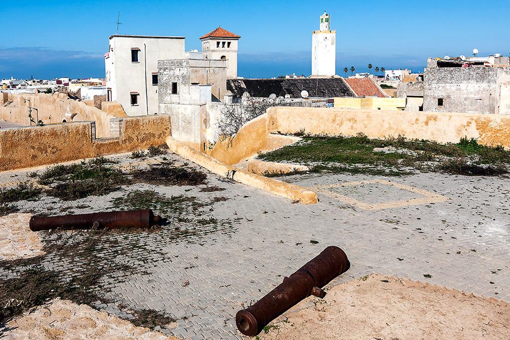 antigos canhões portugueses