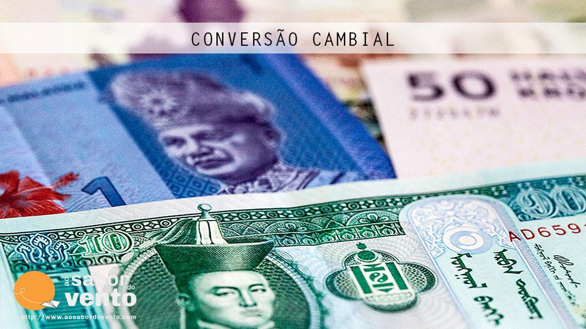 Notas e dinheiro de vários países utilizadas na conversão cambial