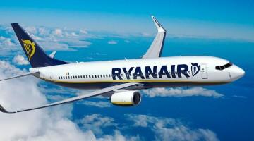 avião Ryanair durante um voo