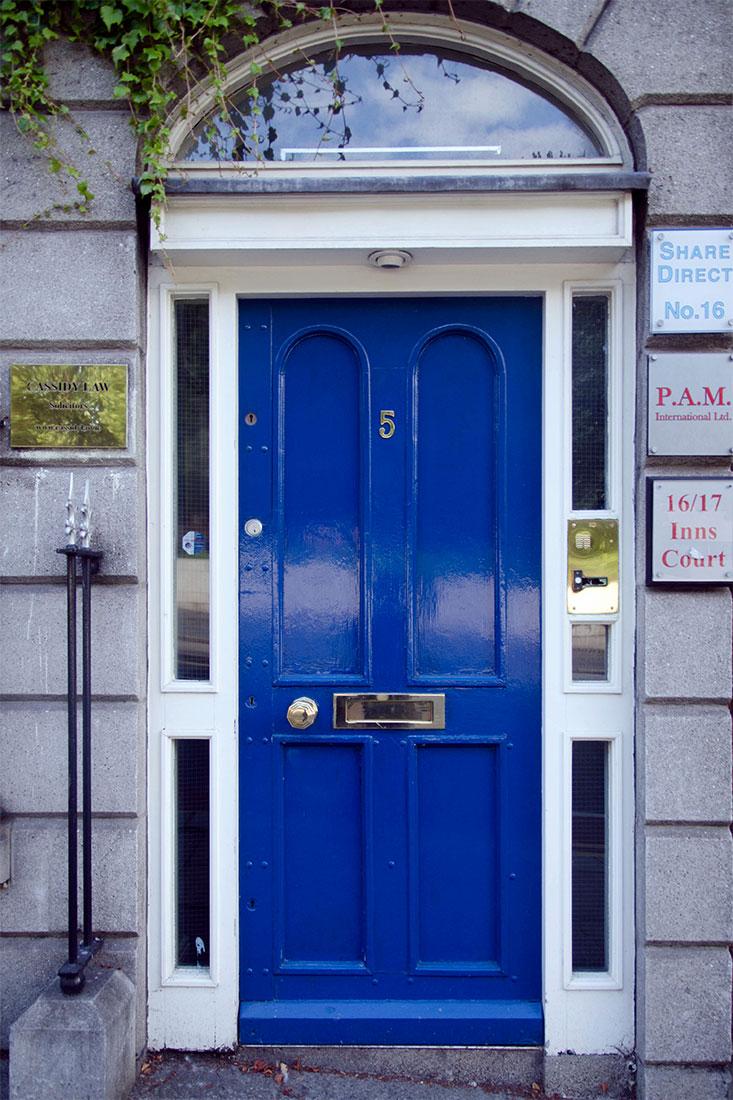 porta de edificio em Dublin