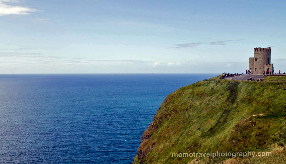 torre em Cliffs of Moher