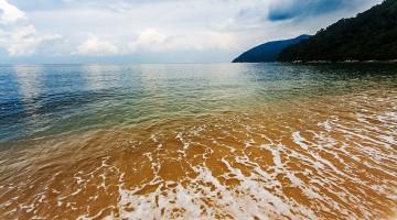 paraíso em praia no mar de Andaman