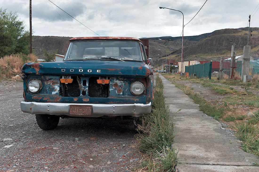 pickup dodge abandonada