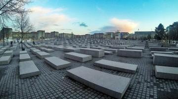 Praça onde está instalado o Memorial do Holocausto em Berlim