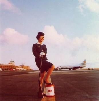 Hospedeira da TAP, um ícone da aviação na década de setenta