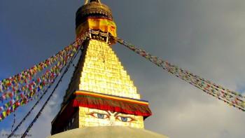 pôr-do-sol na stupa de boudhanat