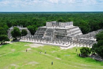 templos dos guerreiros em Chichén Itzá