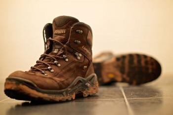 botas de trekking / caminhada da marca lowa
