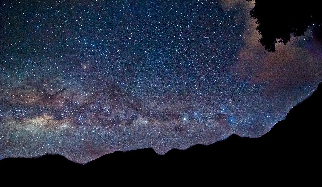 céu estrelado depois de uma grande exposição fotográfica