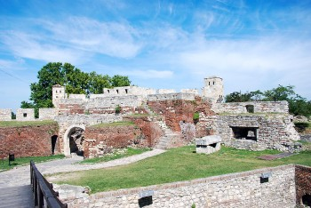 ruinas da fortaleza de Kalemegdan em belgrado