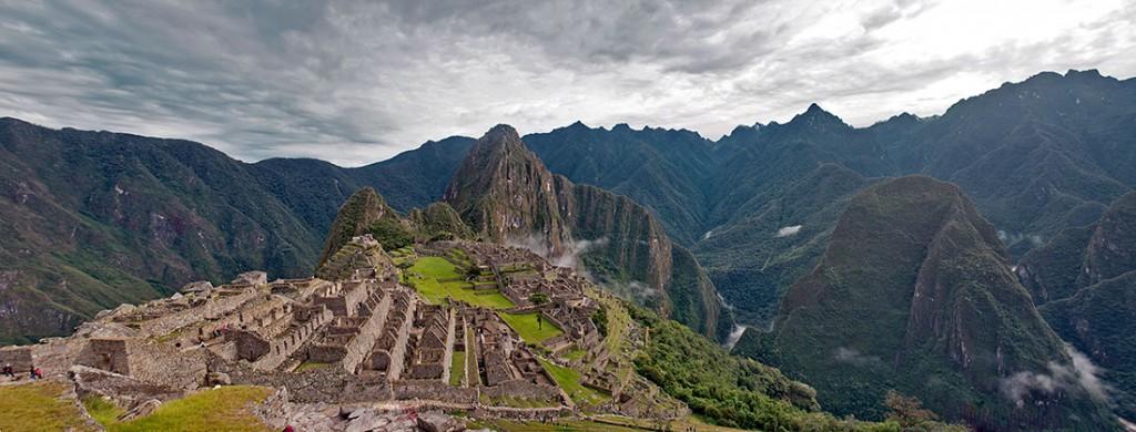 panorâmica de Machu Picchu e cordilheira andina