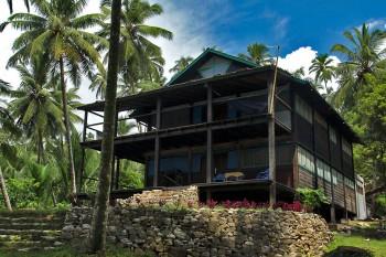 Casa/Resort construída pelas mãos de Luke