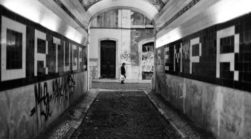 tunel urbano junto à rua de são josé em Lisboa