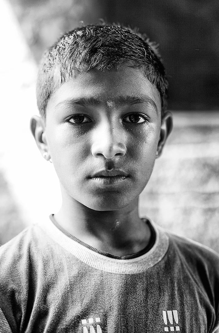 rapaz indiano em jaisalmer