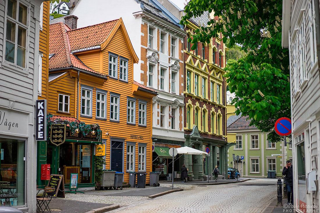 prédios com arquitectura tradicional no centro de Bergen