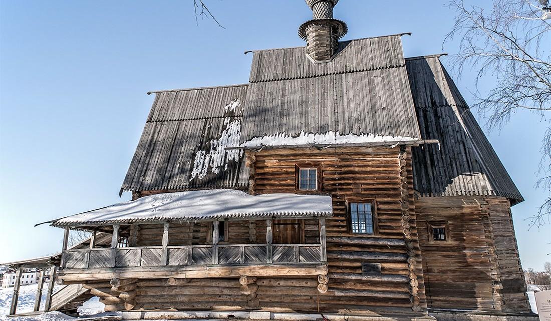 Igreja de São Nicolau, totalmente feita em madeira, em Suzdal.