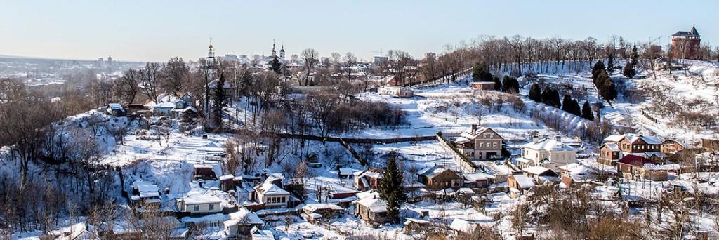 imagem panorâmica da cidade de vladimir, coberta de neve, na Rússia