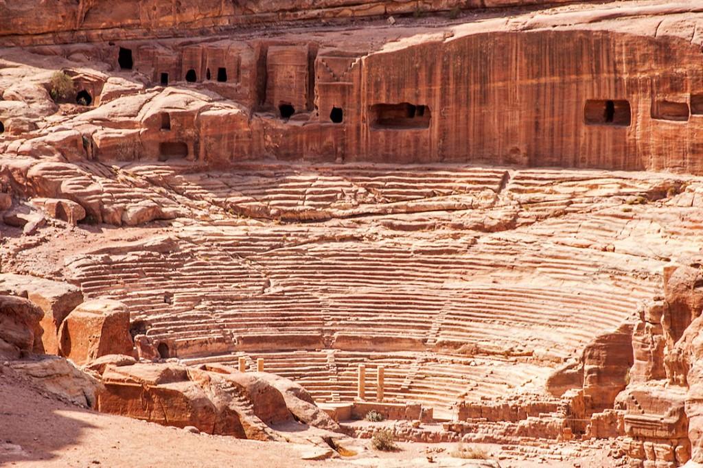 Grande teatro de Petra na Jordânia.