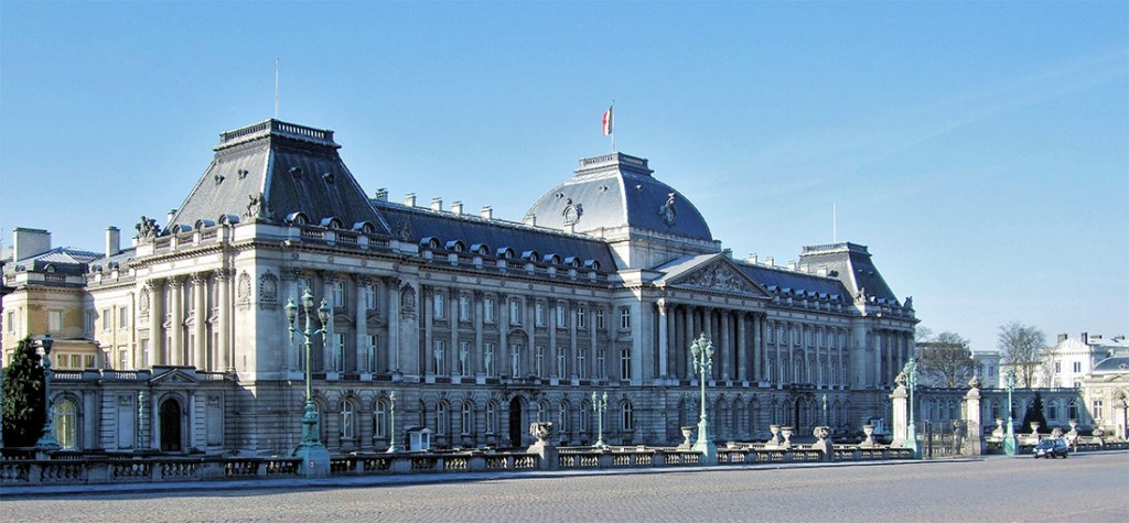 Frente do palácio real em Bruxelas.