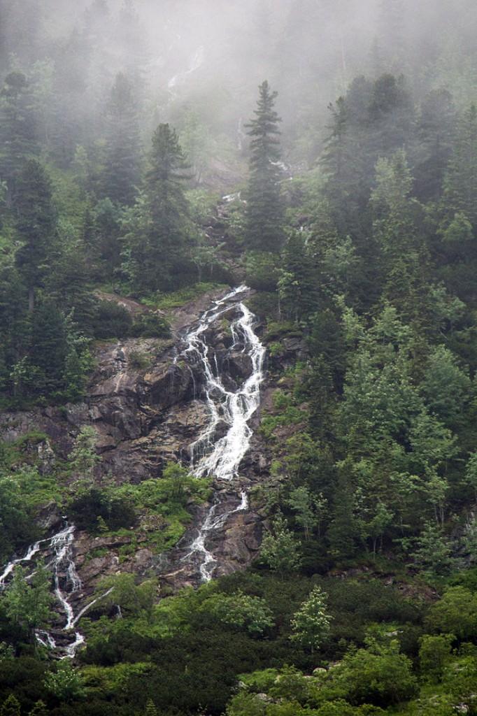 cascata-nevoeiro-tatras