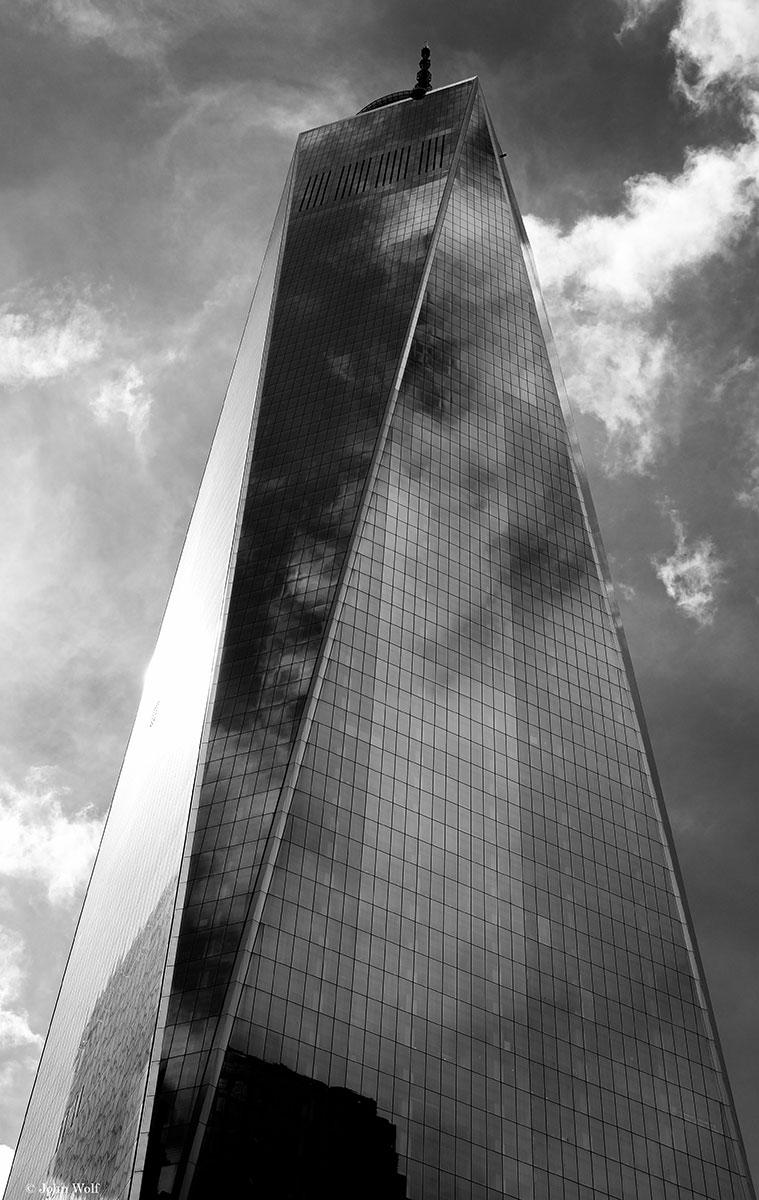 Edifício One World Trade Center, construído no Ground Zero, em Nova Iorque.