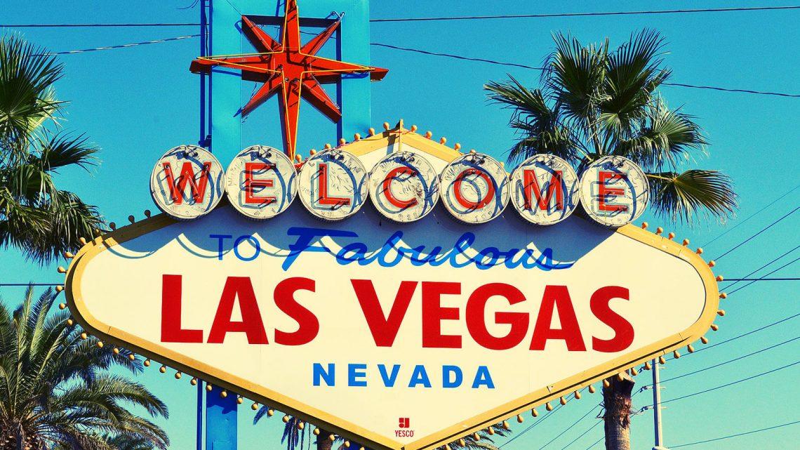 Placard de boas vindas à entrada da cidade de Las Vegas, Nevada.